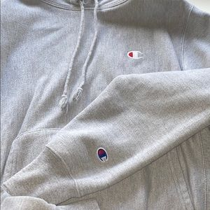 Champion Logo Reverse Weave Hoodie- Light Grey